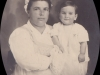Mio padre Francesco, in braccio alla sua tata.